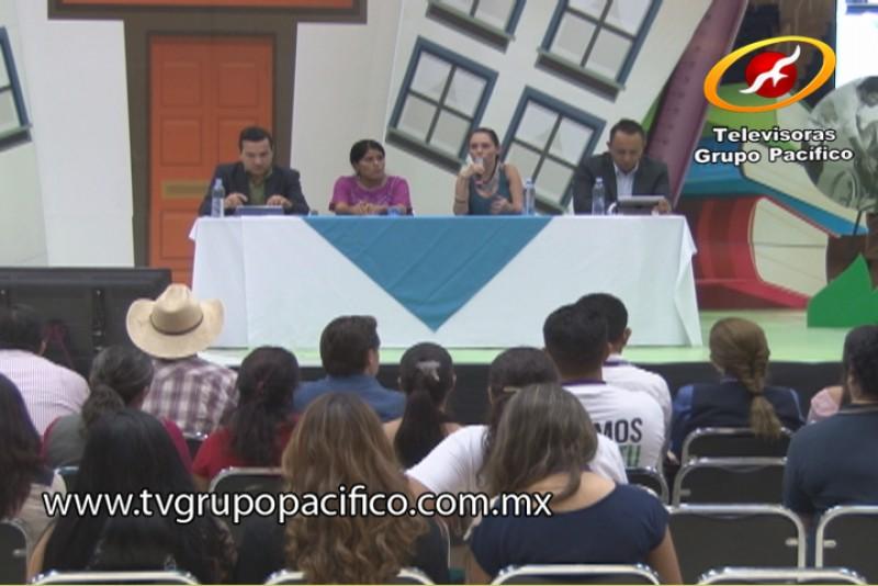 Exponen vidas existosas en Congreso Internacional de Educación e Inclusión Social