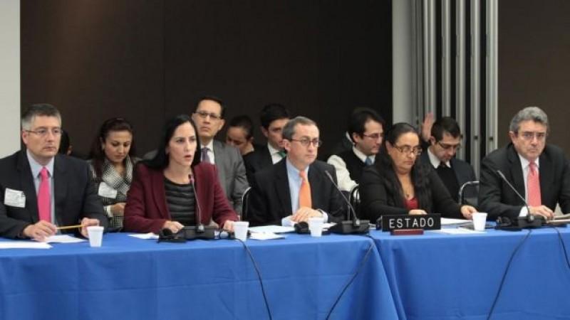 México suscribe acuerdo de asistencia con CIDH para caso Ayotzinapa