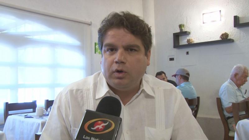Al PAN no le convienen pleitos internos, dice Roberto Cruz