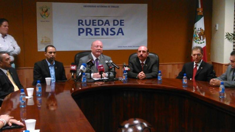 Rector de la UAS reitera que partidos políticos deben mantenerse fuera del movimiento por Ayotzinapa