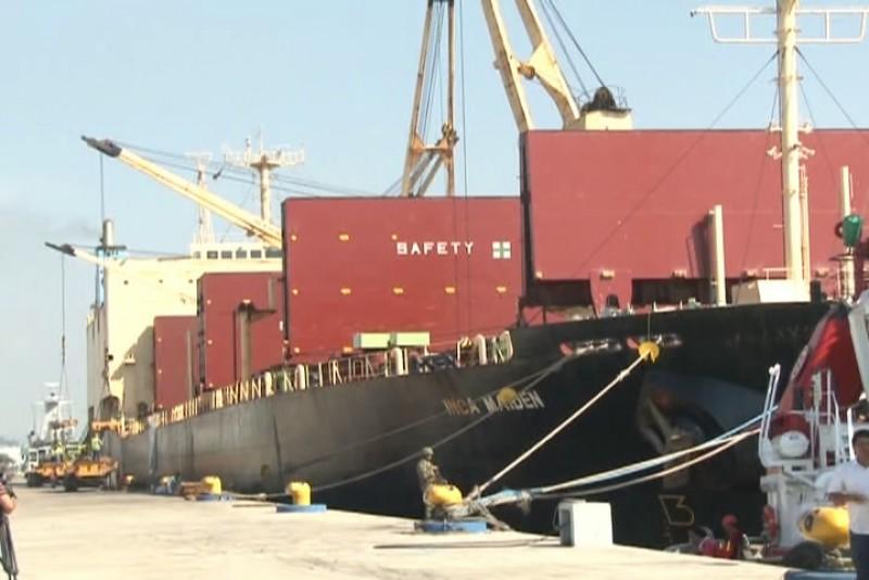 Movilización de autos por Mazatlán beneficia a los trabajadores portuarios: Barrón