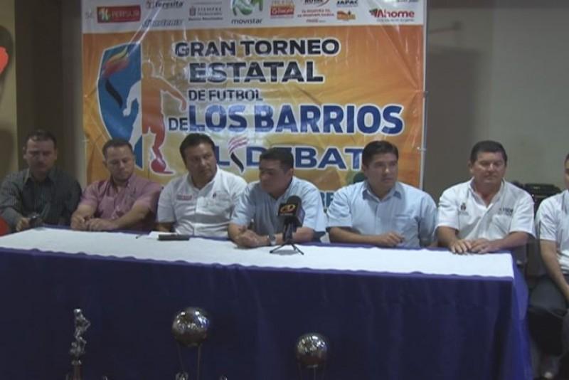 """El jueves  estatal de futbol de los Barrios en el """"U"""""""