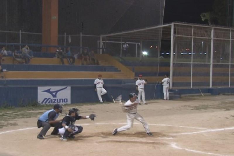 Jornada de clasificación en beisbol nocturno
