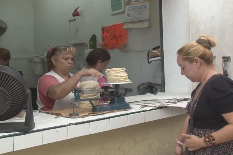 Tortilleros mantendrán precio del kilo en 2015