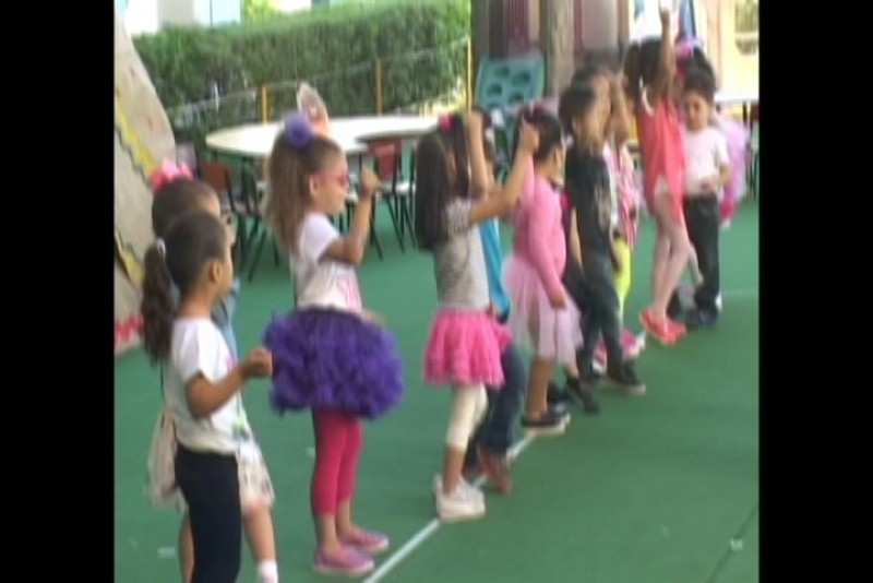 Celebran el día de acción de gracias en kinder de Colegio Andes