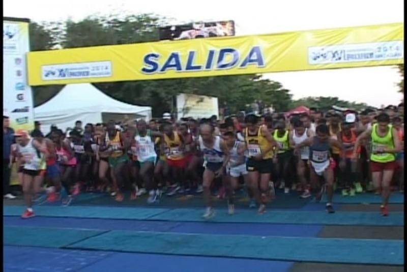 Se desarrollo con gran éxito el Maratón Pacifico Mazatlán 2014
