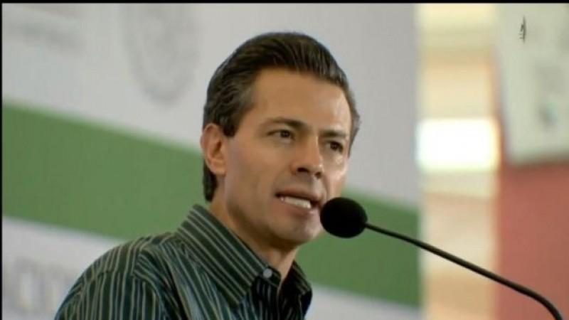 Envía EPN al Congreso iniciativa para Mando Único