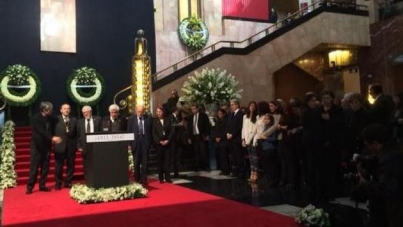 Rinden homenaje a Vicente Leñero en Bellas Artes