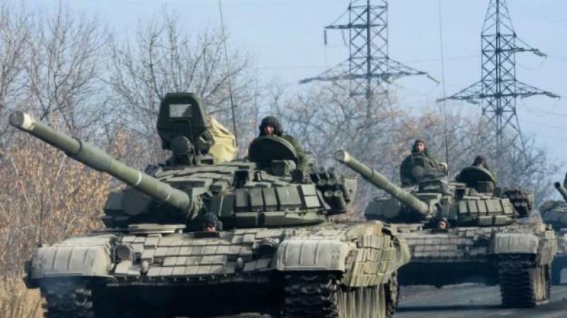 Prorrusos anuncian la retirada de artillería del sur de Donetsk