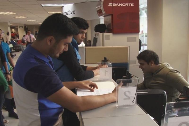 Aumentan equipamiento para agilizar credencialización a estudiantes