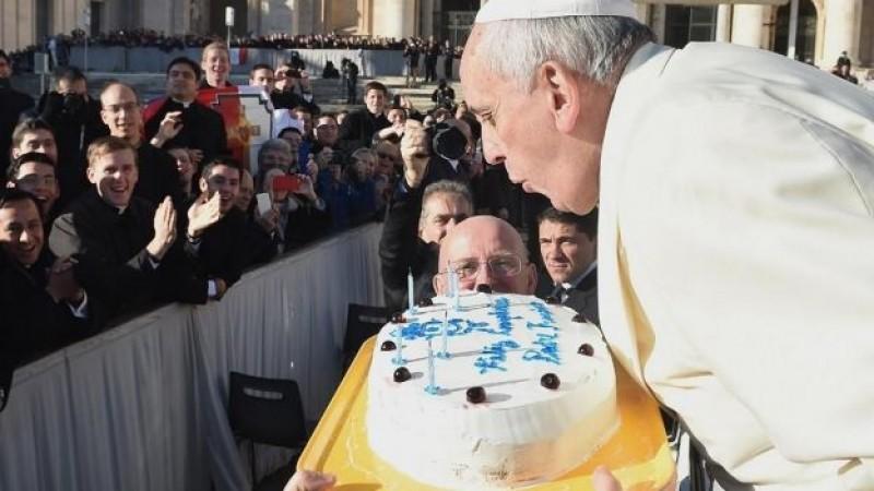 El Papa está de cumpleaños