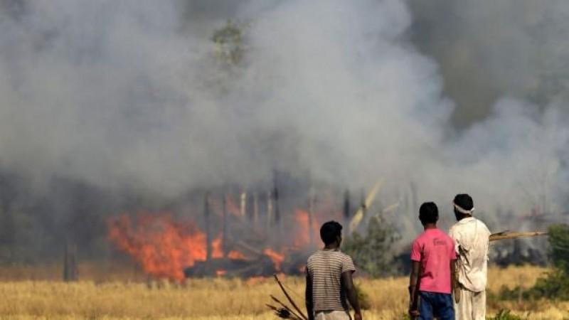 68 muertos por ataques en la India