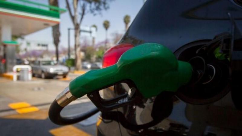No descartan gasolinazos en 2015