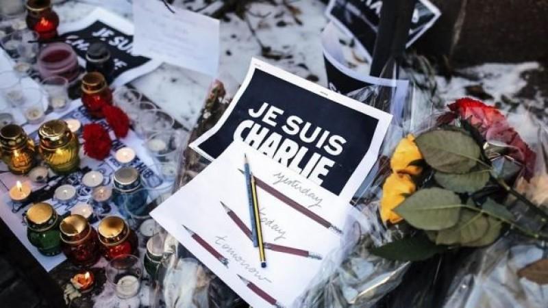 Rinden homenaje a las víctimas de París