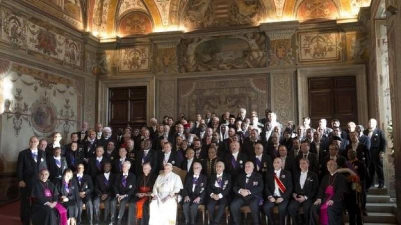 El papa pide condenar el extremismo