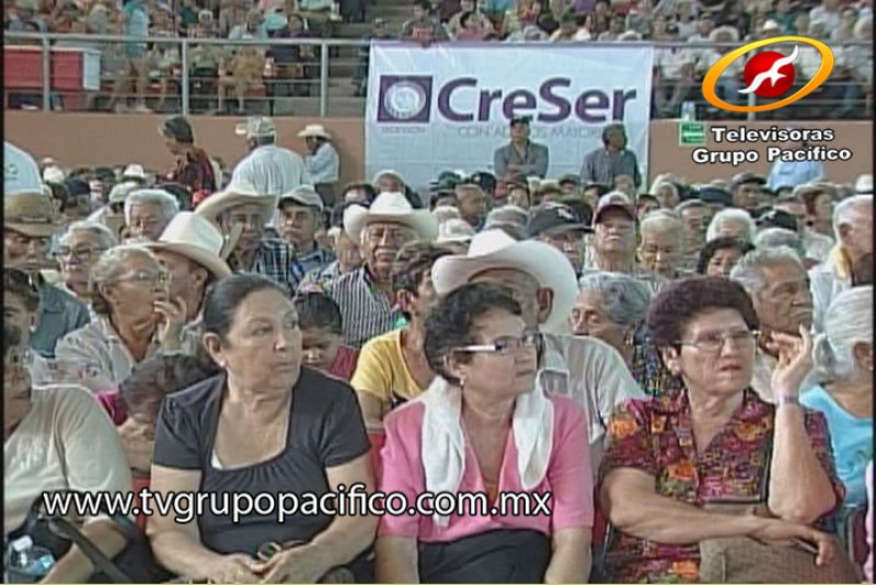 Depositaron apoyos del programa CreSer