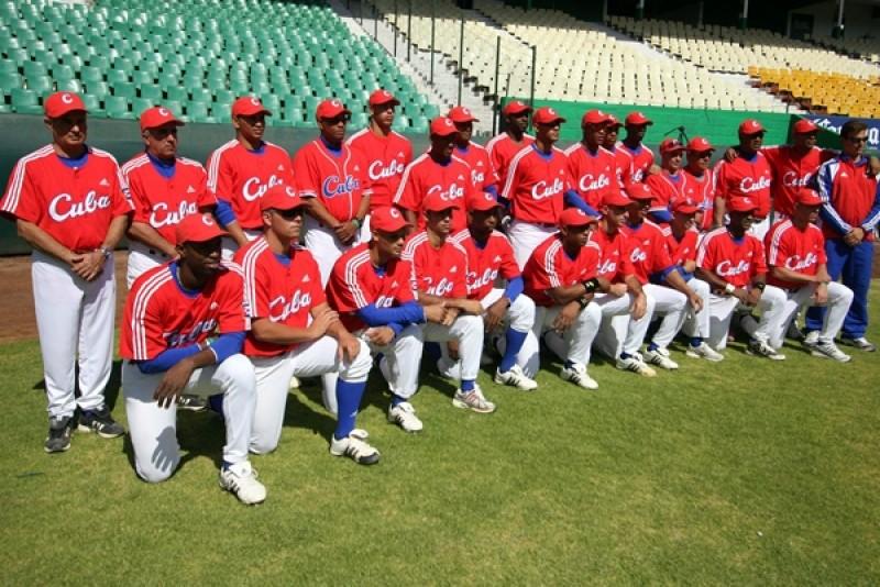 Niega visa EUA a parte del equipo de beisbol Cubano