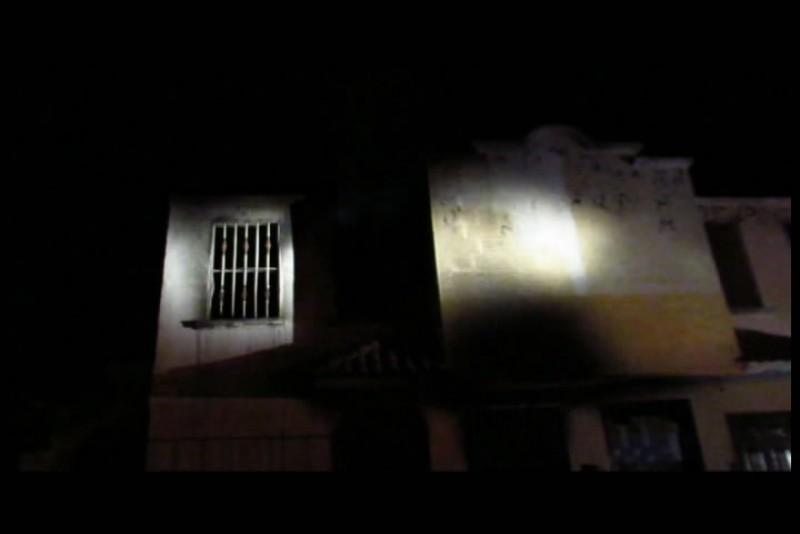Muere pareja en incendio en vivienda
