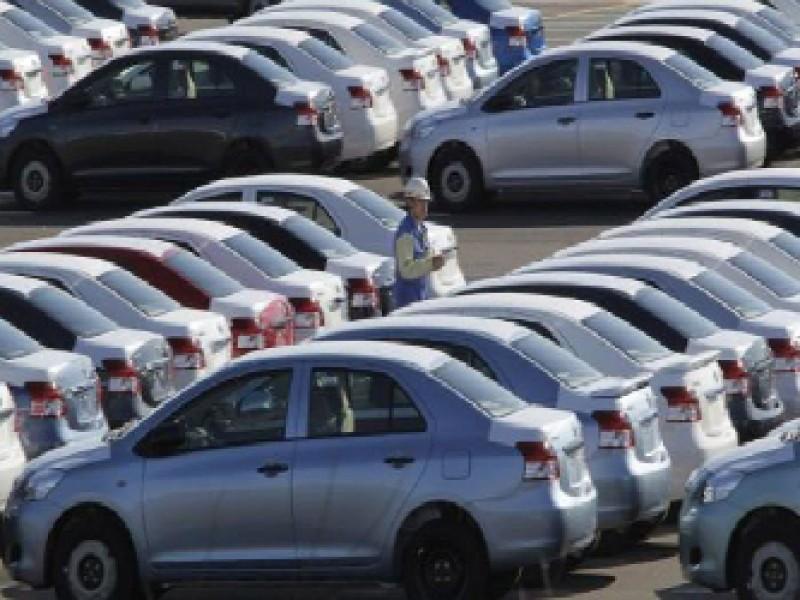 Automotrices apuran planes para producir más coches pequeños en México