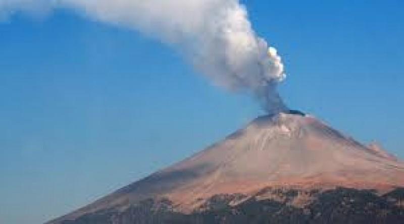 Volcán Popocatépetl tuvo 298 exhalaciones en últimas 24 horas