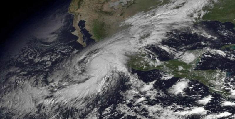 Los peores huracanes que han golpeado a México