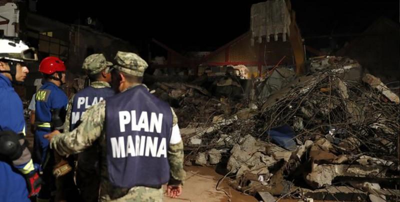 Peña Nieto eleva a 98 la cifra de fallecidos en el terremoto en México