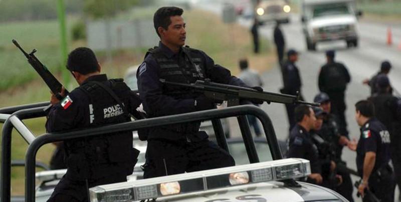 Solo en México: narcos mandan cadena por whatsapp para cancelar clases