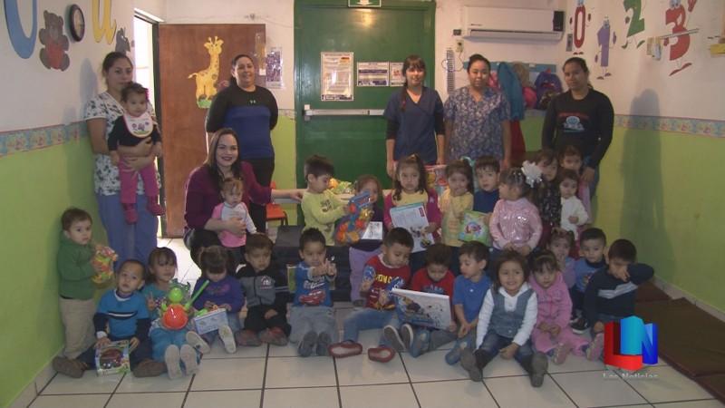 Niños de Estancia de SEDESOL reciben donativo