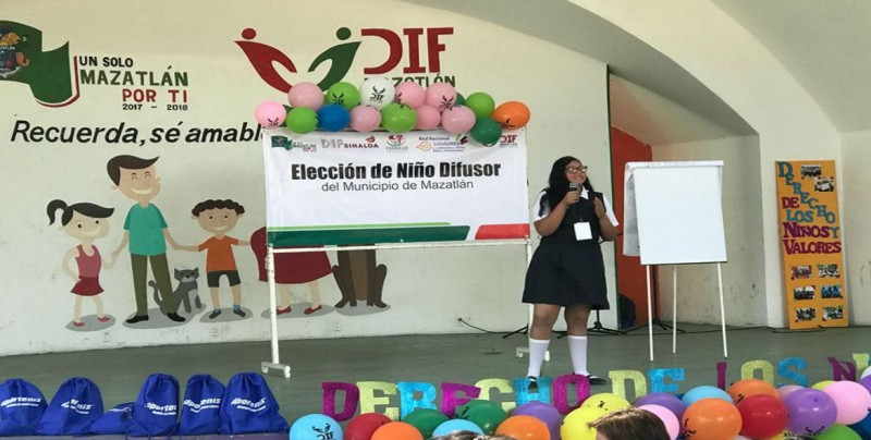 Se lleva a cabo elección del niño difusor en Mazatlán