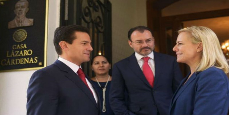 Se reúne EPN con Secretaria de Seguridad Interna de EU