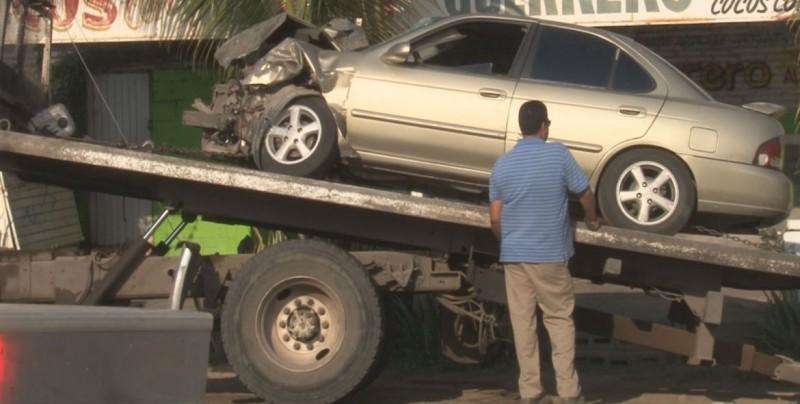 Accidente tipo choque y atropellamiento sobre Av.México 68