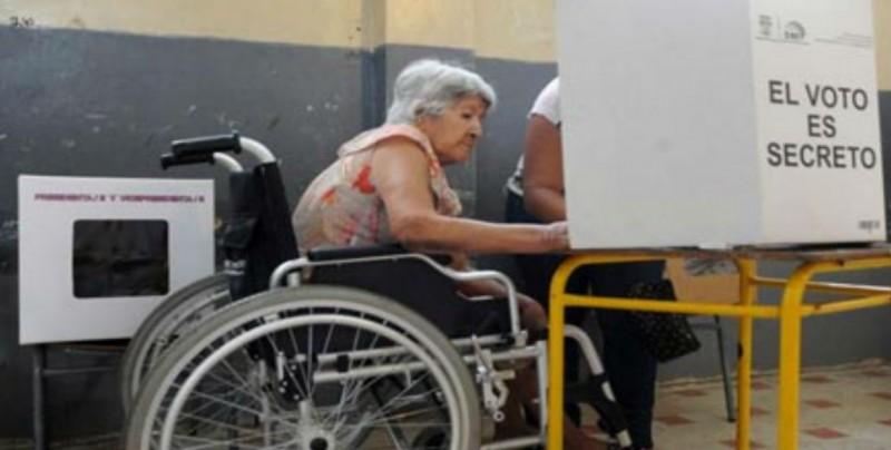 Personas con discapacidad podrán fungir como funcionaros electorales