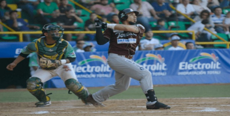 Sebastian Elizalde regresa a la pelota mexicana