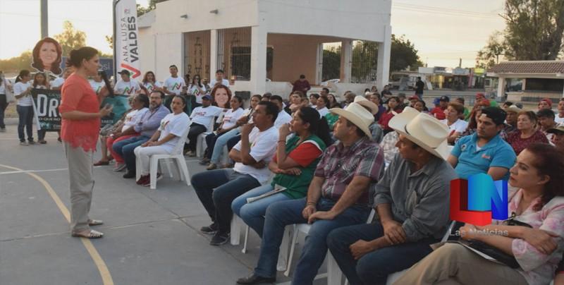 Llega candidata a San Ignacio
