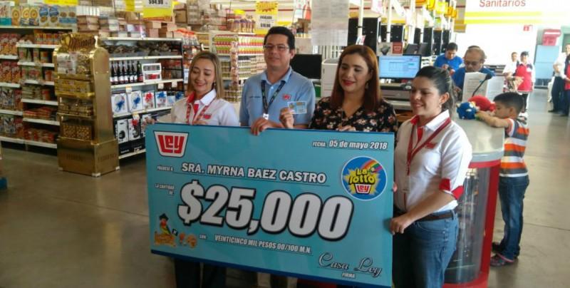 """Entregan premio """"Lotto Ley"""" de 25 mil pesos"""