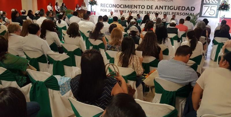 IMSS Sinaloa reconoce labor del personal