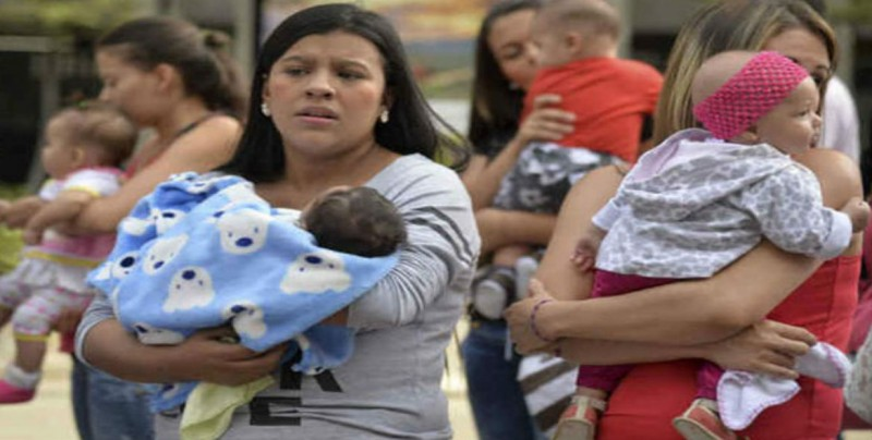 Aumenta número de madres mexicanas viudas, divorciadas y separadas