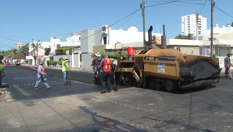 Reencarpetan calles y avenidas de la ciudad