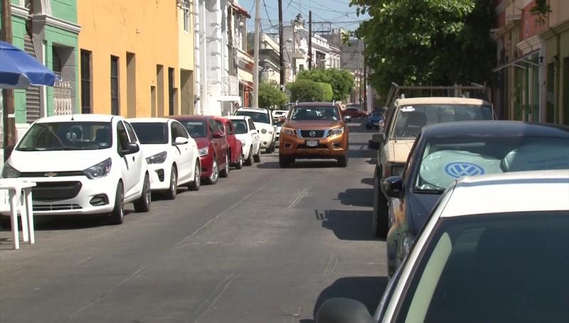 A diario se levantan 150 infracciones a mal estacionados