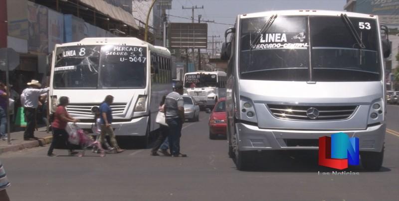 Conjuran huelga de transportes