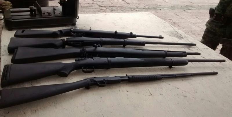 Capturan dos guatemaltecos por intentar ingresar armas de fuego desde Belice