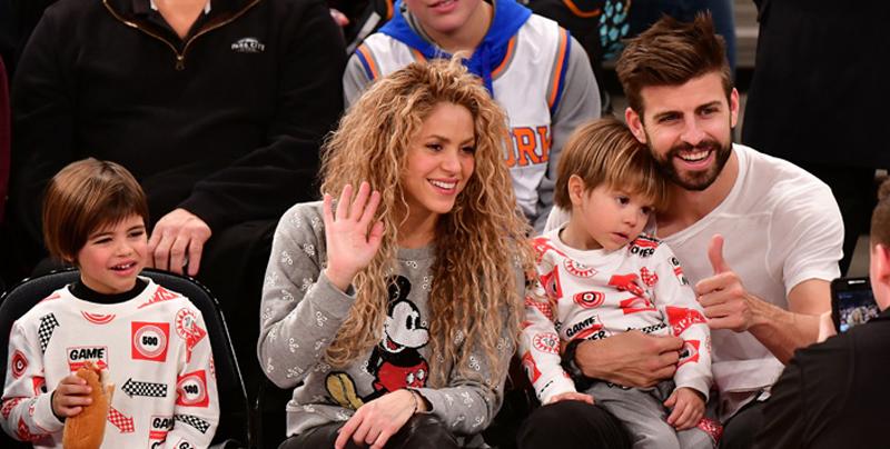 Gerard Piqué y sus hijos Milan y Sasha disfrutan de la 'Fórmula 1'