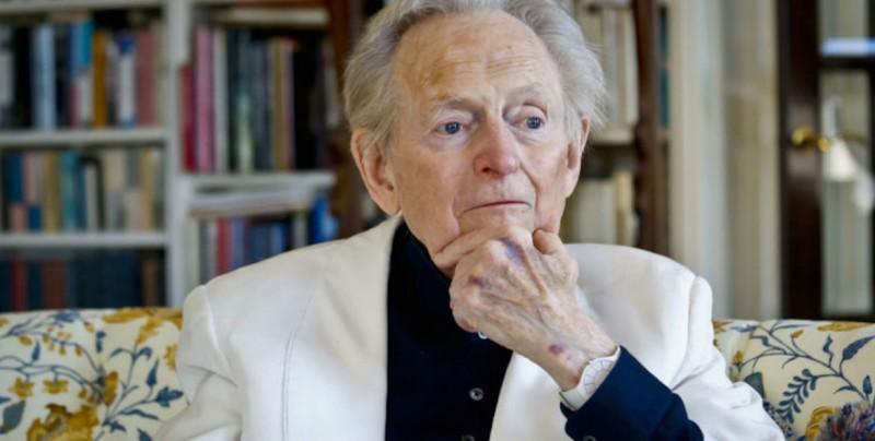 Murió el escritor Tom Wolfe