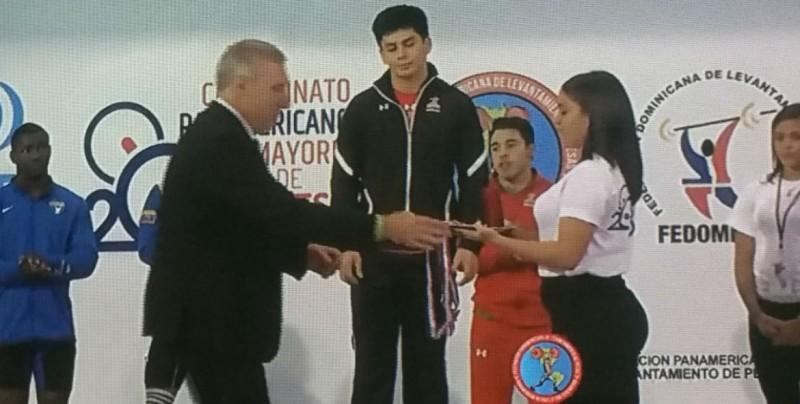Jorge Cardenas logra bronce en Panamericanos de Pesas