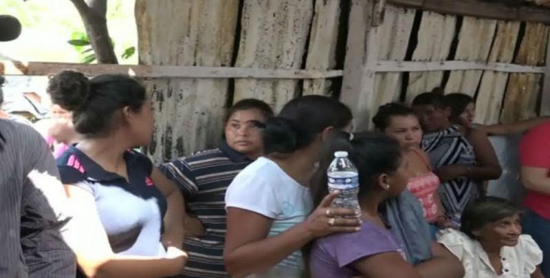 Atienden a desplazados por inseguridad en Sinaloa