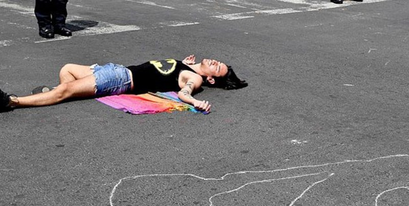 Asesinatos de personas LGBT no disminuyen en México