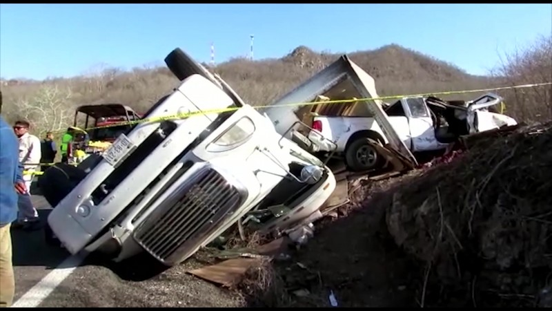2 muertos tras fuerte accidente en la México 15