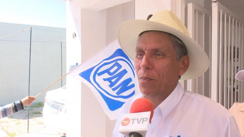 Camacho en espera que Ruelas decline de su candidatura