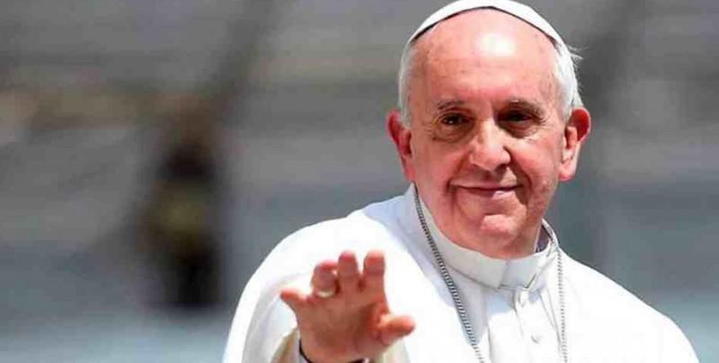 Papa defiende el matrimonio, pero apunta que a veces es mejor separarse