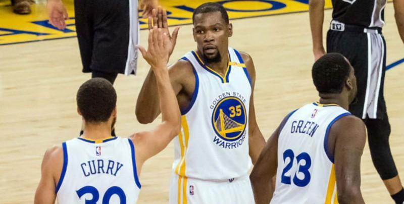 Warriors gana el primero de la final